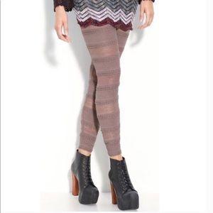 Free People Pucker Lace Ruffle Leggings Nude K913